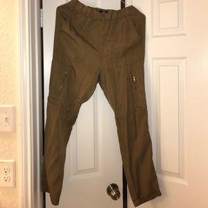 Cargo pants - olive